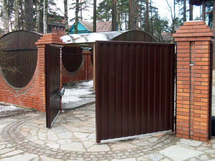 Распашные ворота из профлиста