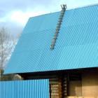 Использование профнастила в монтаже крыш